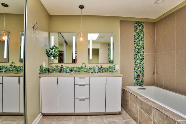 Son Cabinetry & Design - Bathrooms 06